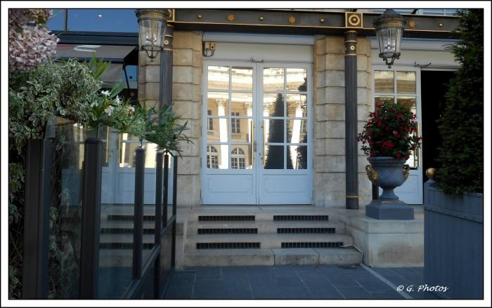 Hôtel face au grand - théâtre à Bordeaux